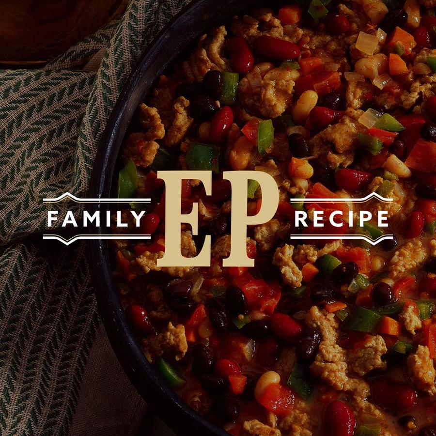 Family recipe wordmark logo design for an East Chicago, Indiana chorizo manufacturer